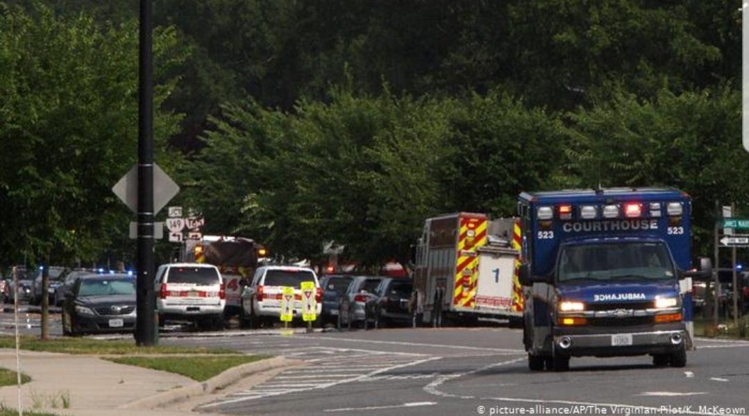 ABD'de silahlı saldırı: 12 ölü