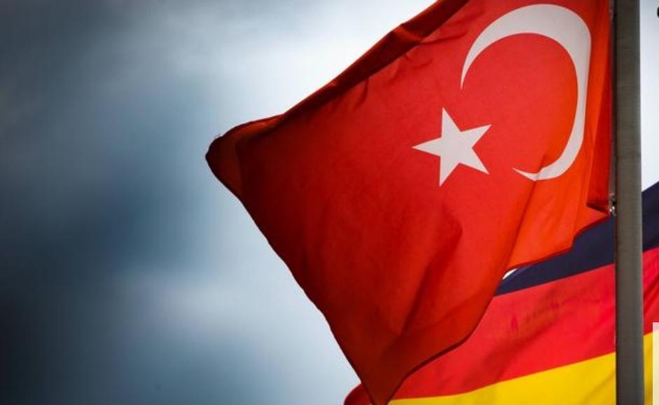 Almanya'ya iltica başvurularında Türkler Kürtleri geçti