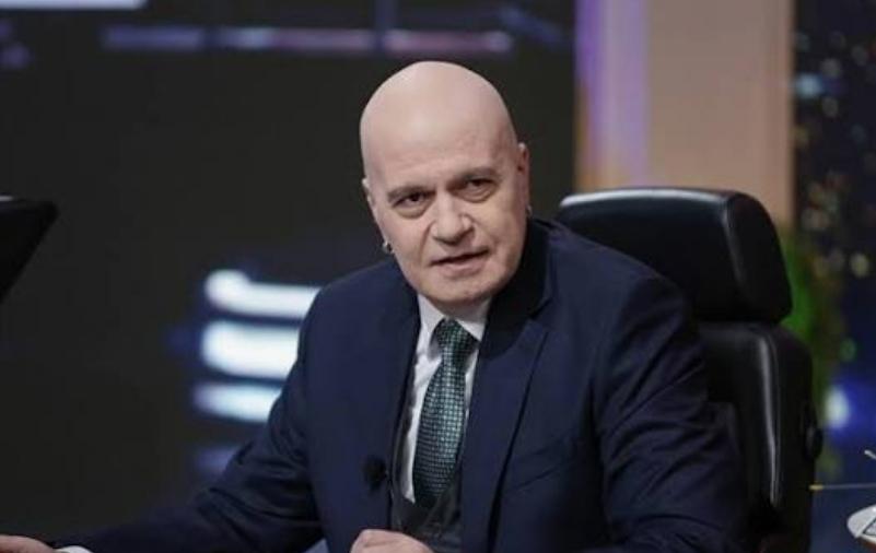Bulgaristan'da seçimin kesin sonucu açıklanmadan İTN partisi lideri Trifonov kabinesini duyurdu