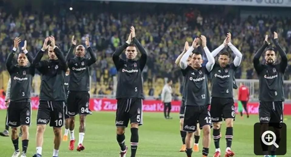 Son dakika - Fenerbahçe - Beşiktaş derbisi tatil edildi!