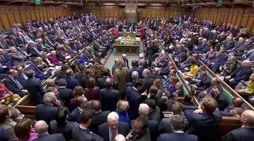 Son dakika... İngiliz parlamentosu Brexit anlaşmasını reddetti