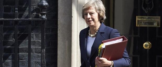 İngiltere Başbakani May: