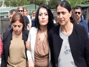'Çocuklar ölmesin' dediği için Ayşe Öğretmen tutuklandı